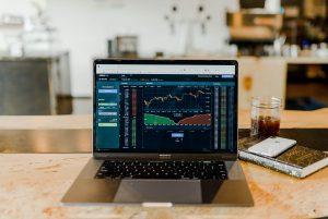 Türev Araçlar, Piyasalar ve Risk Yönetimi