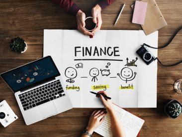 Finans Sektöründe Çalışanlar İçin Eğitimler